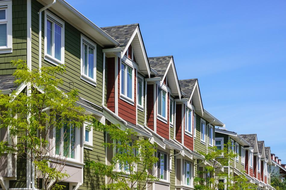 How to Decide if a House or Condo is Right for You