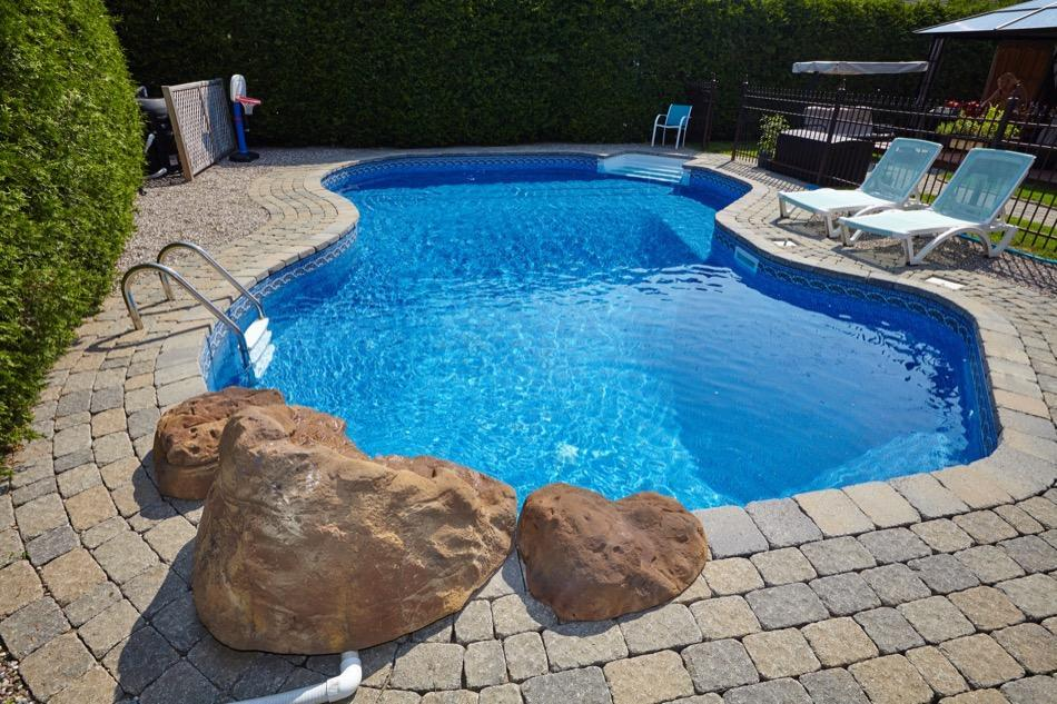 What Home Buyers Should Know About Pools
