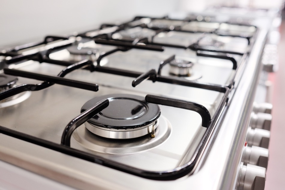 Ultimate Guide to Selecting a Gas vs. Electric Range