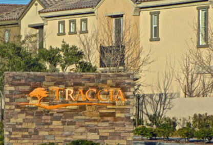 Traccia Community Sign