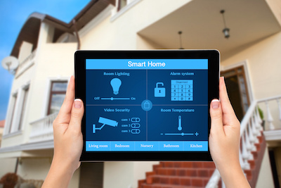 Luxury Homes with Smart Home Technology