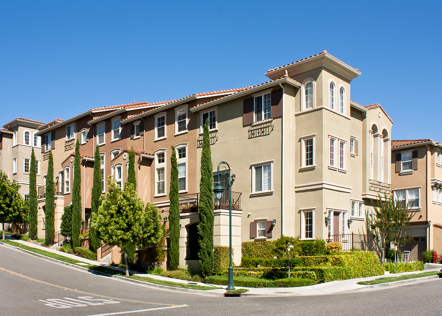 Why Consider a Las Vegas Townhouse For Sale?