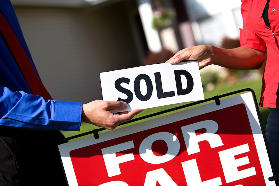 Selling a Home While Buying