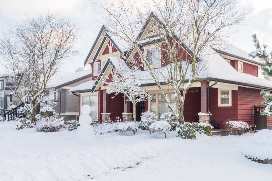 How to Winterize Your Home in 4 Steps