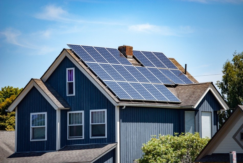 What You Should Know About Green Technology in Residential Constructoin