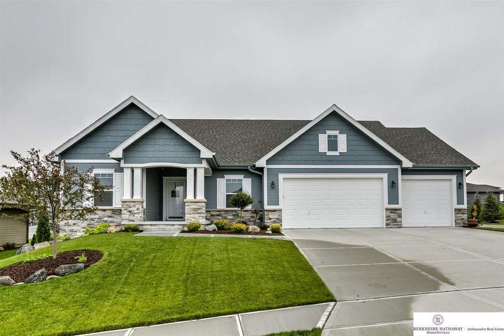 Homes in North Shore Papillion NE