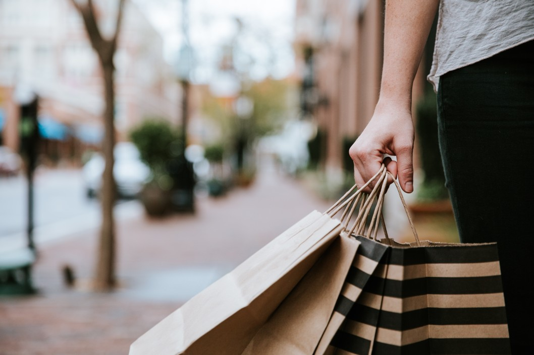 Best Places to Shop This Holiday in Elkhorn and Omaha