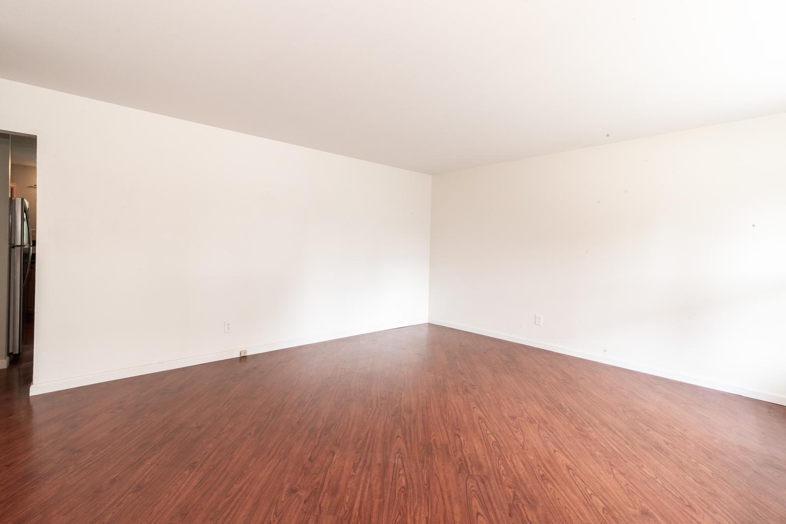 St Charles Living Room Before