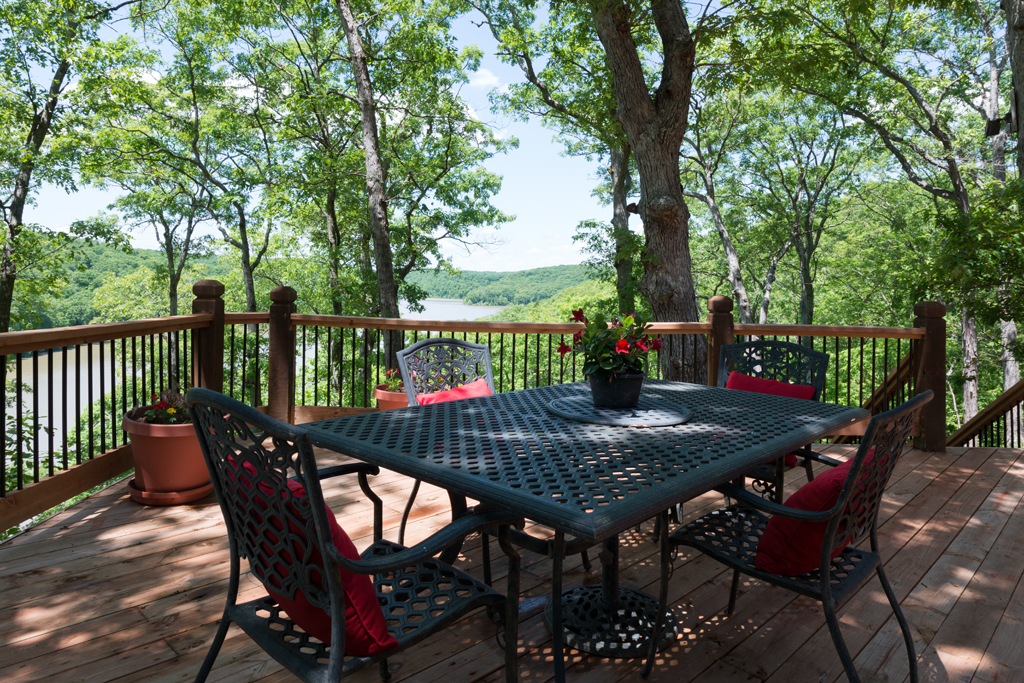 Lake Homes For Sale in Defiance Missouri