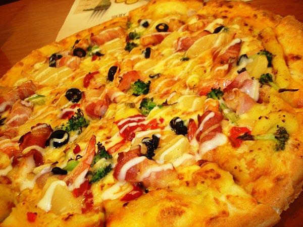 Pizza - Image Credit: http://pixabay.com/en/users/nonfeel-66964/