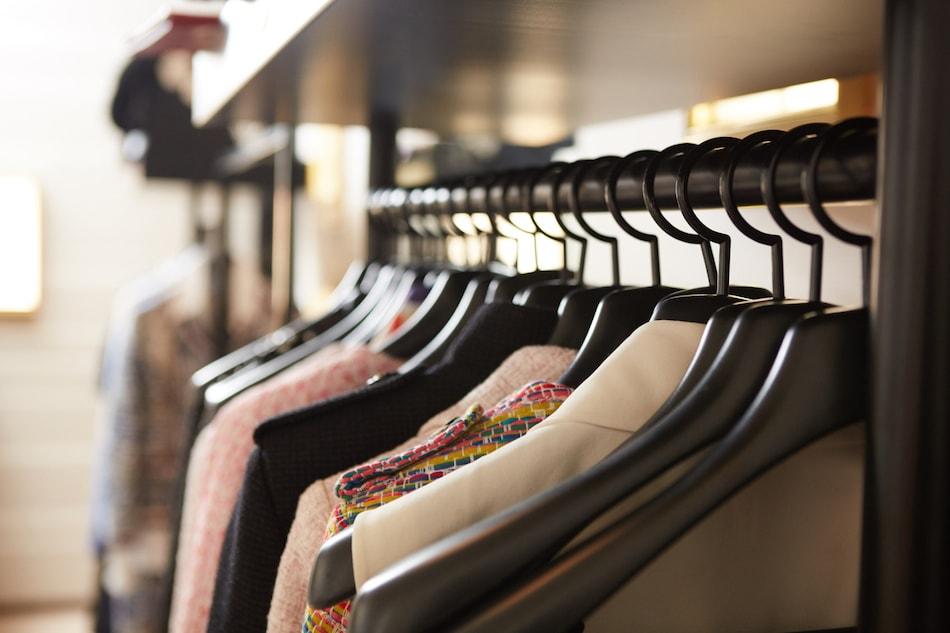 Organizing Closet Before Home Sale