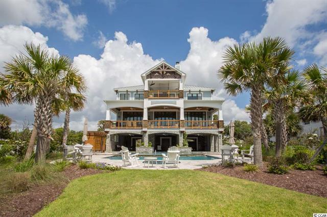 Oceanfront Home along Golden mile with pool