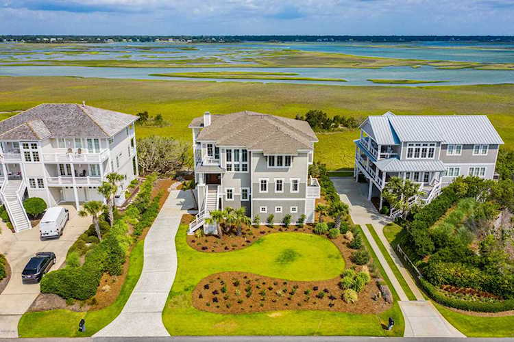 Waterfront Home in Wilmington, North Carolina