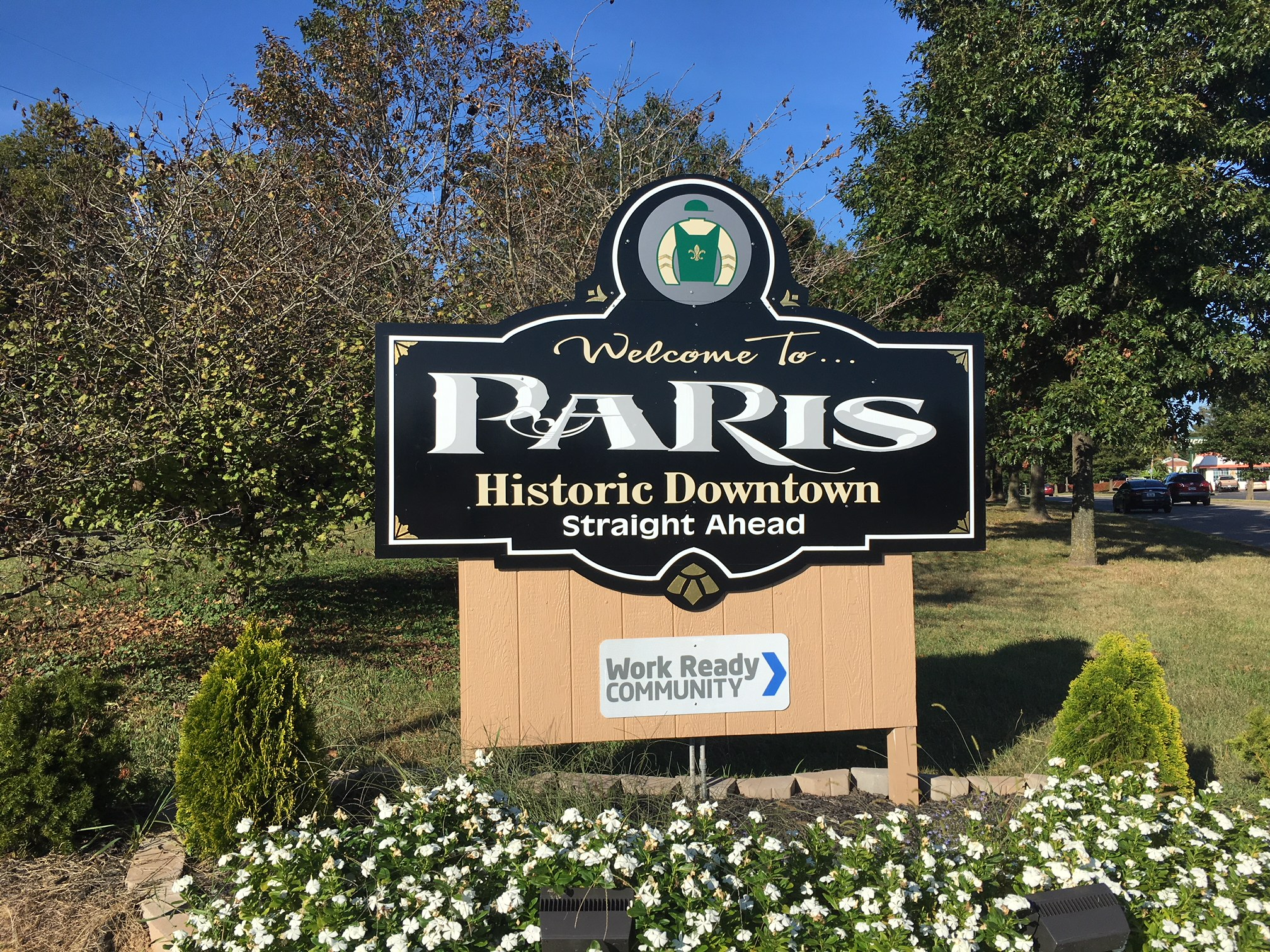 welcome to Paris KY sign