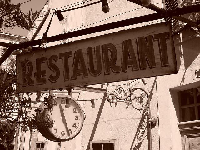 Restaurant - Image Credit: https://www.flickr.com/photos/twicepix/524969586