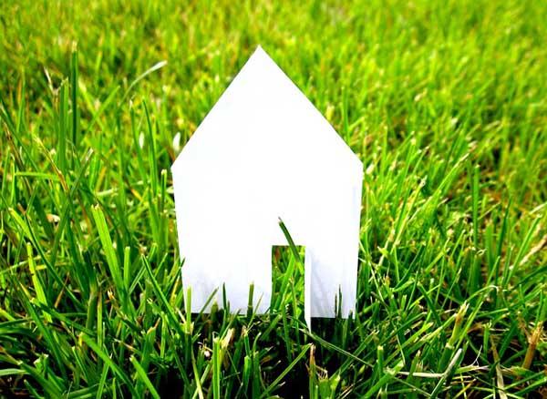 Eco-Friendly Home - Image Credit: https://pixabay.com/en/users/moerschy-127417/
