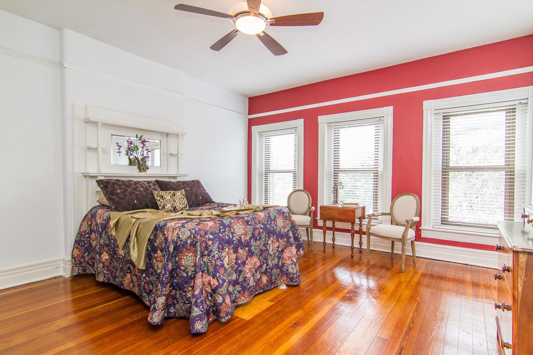 1128 E Breckinridge Street Louisville, KY 40204 Bedroom