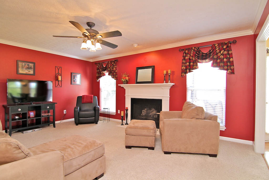 13109 Dogwood Forest Ct. Louisville, KY Family Room