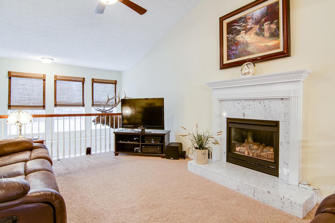 13422 Cain Lane Louisville, KY Living Room