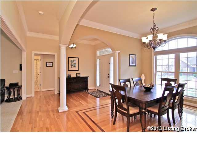13711 Forest Bend Circle Louisville, KY 40245 Dining Room