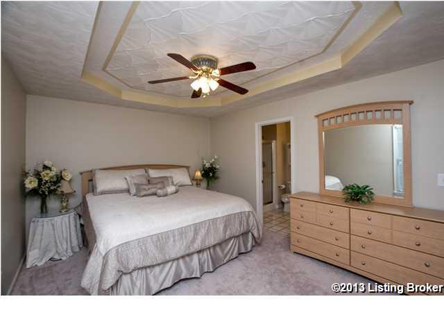 154 Stone Creek Drive Fisherville, KY 40023 Master Bedroom