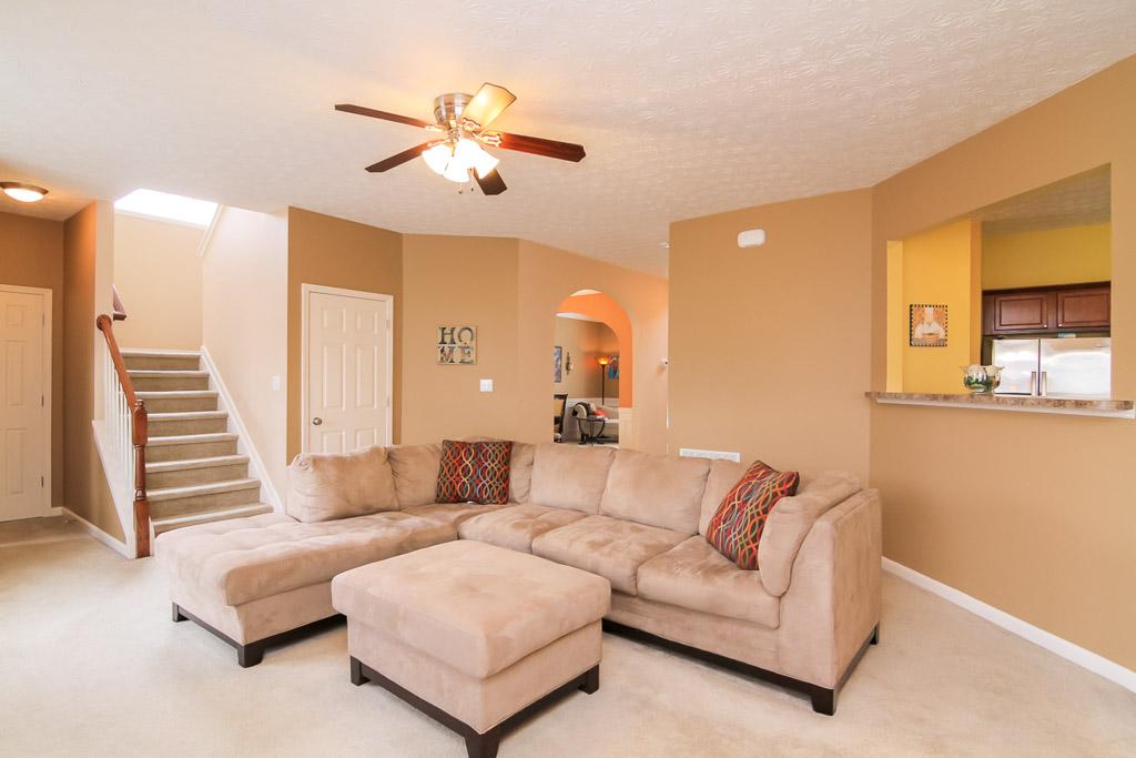 16724 Summit Vista Way Louisville, KY 40245 Family Room