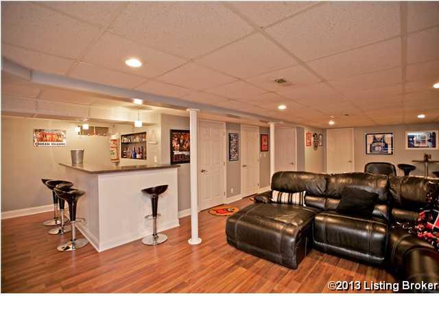 2505 Lorene Avenue Louisville, Kentucky 40216 Basement
