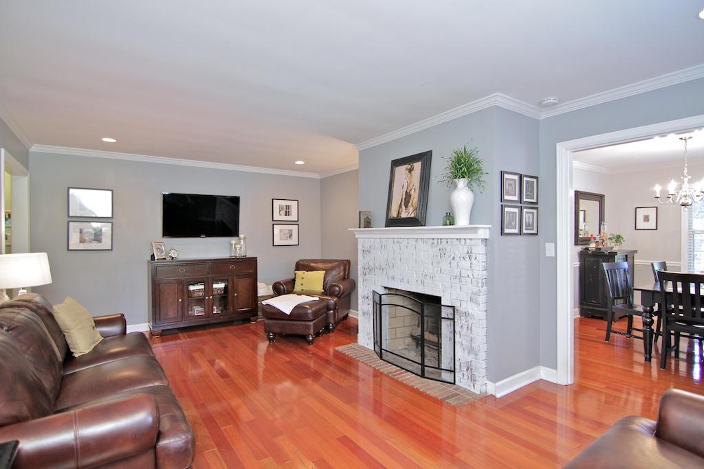 301 Bramton Road Louisville, KY Living Room