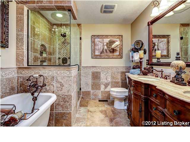 305 Erin Circle Drive Mt. Washington, KY 40047 Master Bath