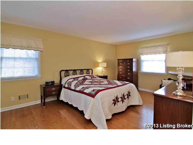 3913 Old Brownsboro Hills Road Louisville, Kentucky 40241 Master Bedroom