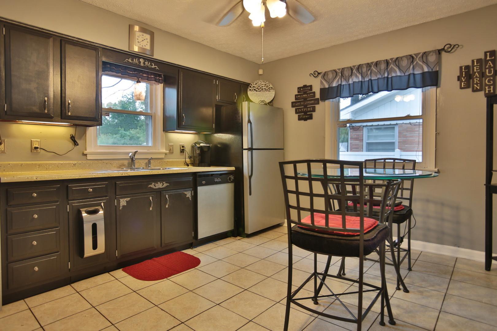 4033 Addison Lane Louisville, KY 40216 Kitchen