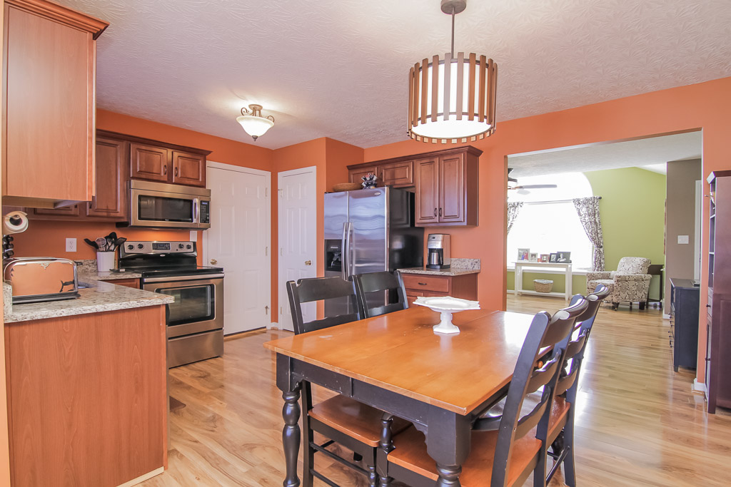 417 Cornell Avenue Mt. Washington, KY Kitchen