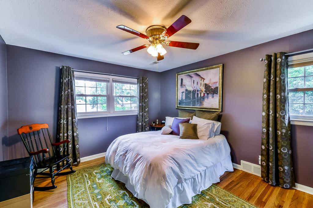 4300 Brookhaven Avenue Louisville, KY 40220 Bedroom