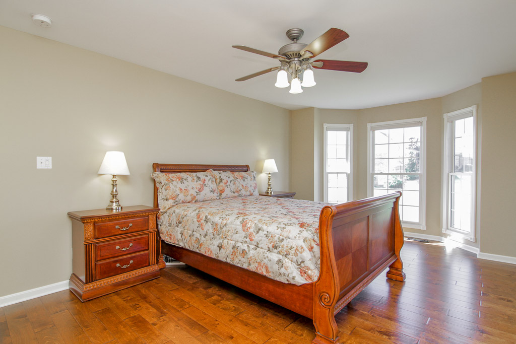 4722 Sunny Hill Drive Crestwood, KY Master Bedroom