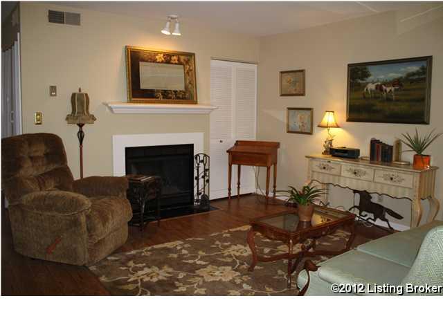 50 Lake Avenue Louisville, Kentucky Condominium for Sale