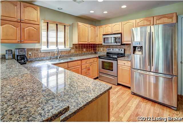 5245 Craigs Creek Drive Louisville, KY 40241 Kitchen