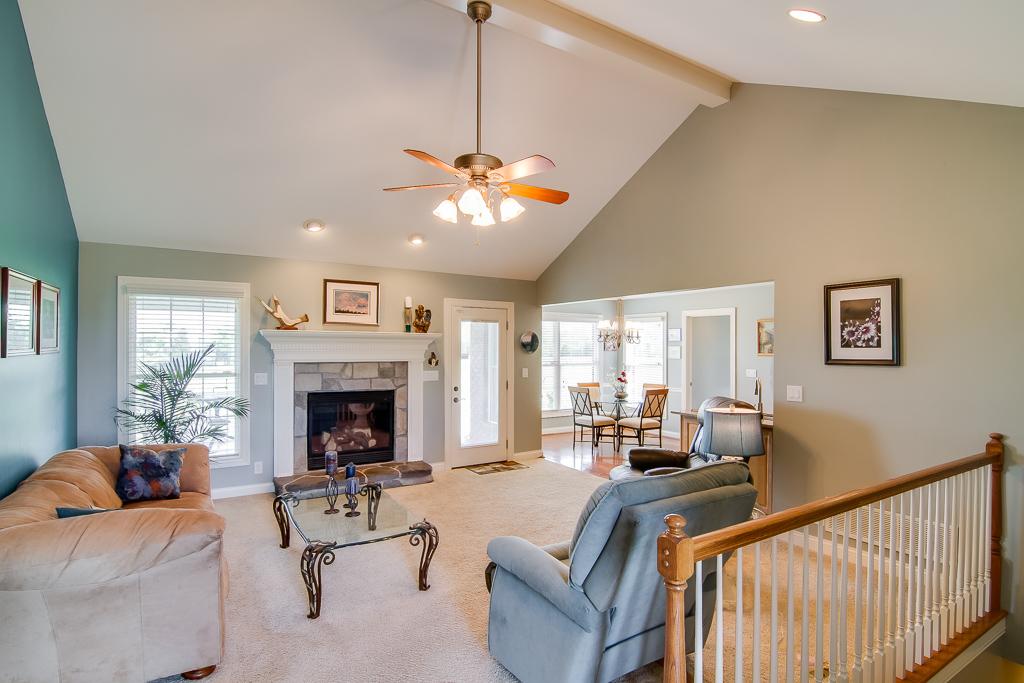 599 Vawter Lane Shelbyville, KY Living Room