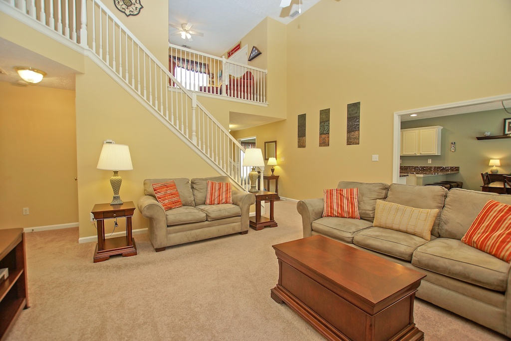 7225 Quindero Run Road Louisville, KY 40228 Great Room