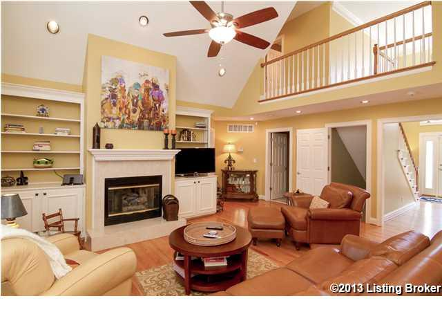 7904 Hall Farm Drive Louisville, Kentucky 40291 Great Room