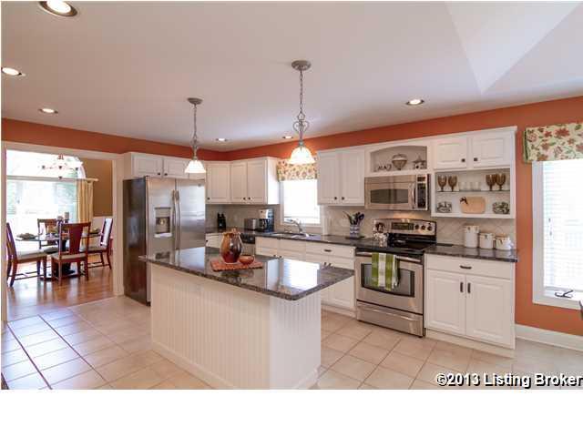 7904 Hall Farm Drive Louisville, Kentucky 40291 Kitchen