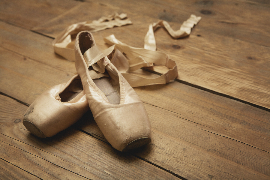 Louisville Ballet Presents