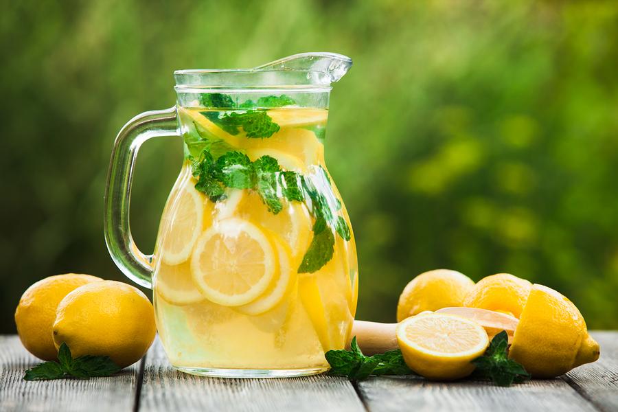 National Lemonade Day at Oxmoor Mall