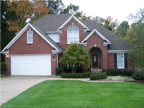 Saratoga Woods Real Estate Louisville, Kentucky