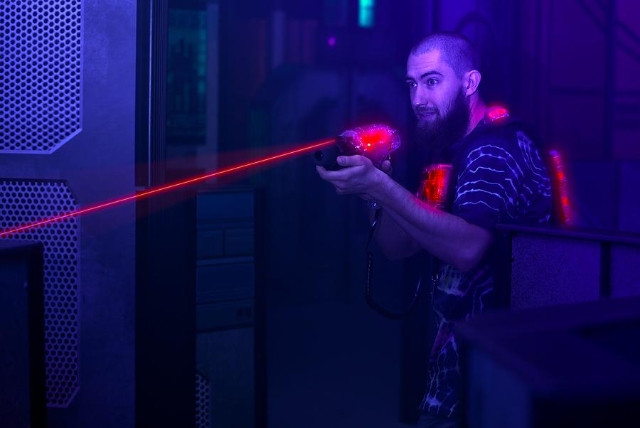 Xtreme Laser Combat Family Fun