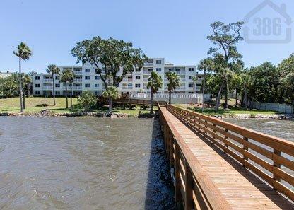 River Oaks Condo Community