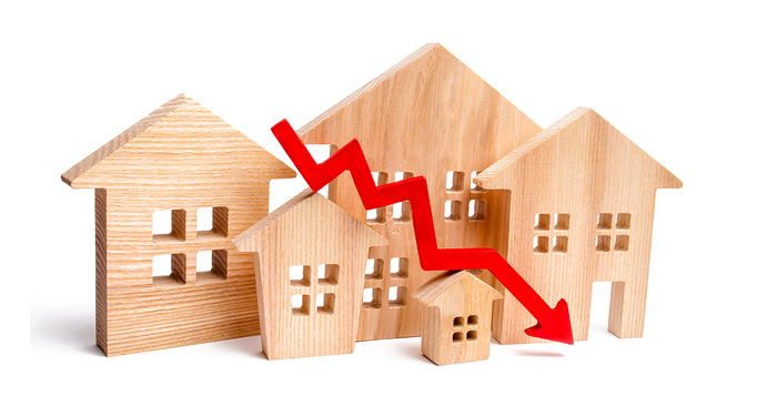 wood-blocks-houses-red-arrow-pointing-down