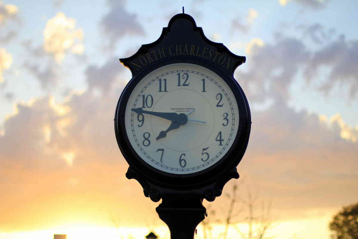 North charleston park circle clock