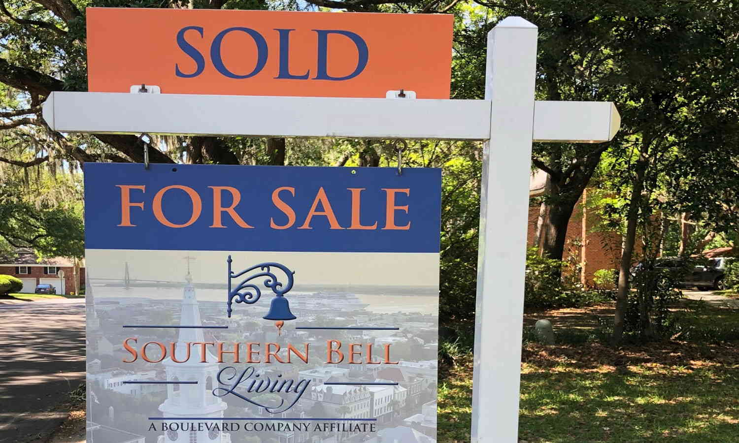 Southern Bell Living Sold yard sign