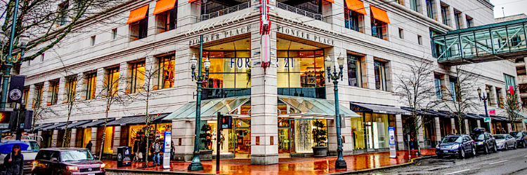 Downtown Portland Pioneer Place
