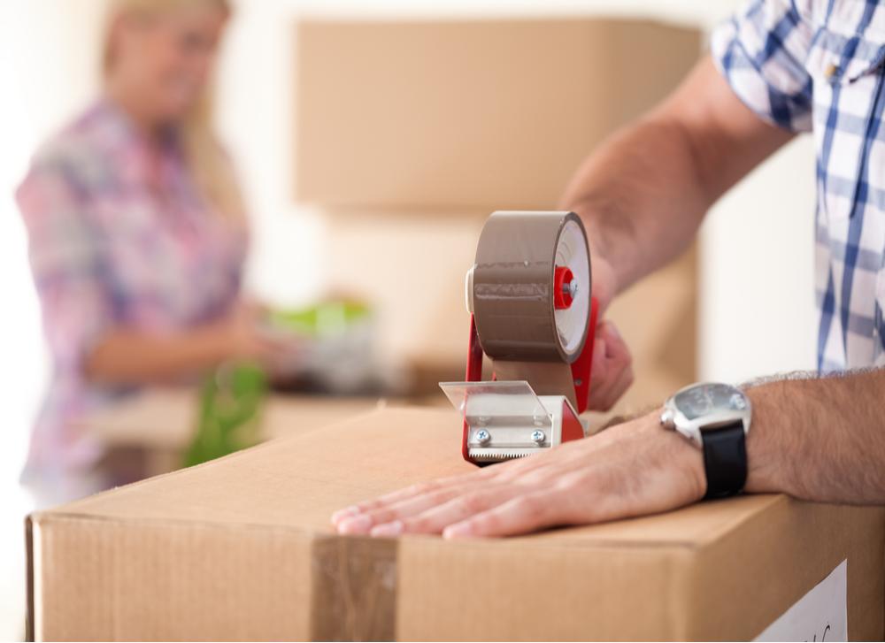 Family Saving on Moving